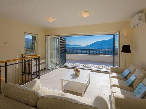 Vila u luksuznom kompleksu Lučići! Cijena je smanjena za 65 tisuća eura!