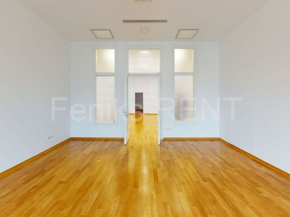 Poslovni prostor za izdavanje Centar 1460m2, ID2581-1