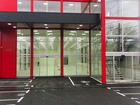 Nova poslovna zgrada u Vojvođanskoj ulici kod skretanja za aerodrom