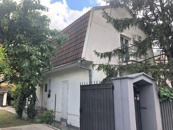 Kuća Učiteljsko naselje, može zamena u Tivatskoj rivijeri