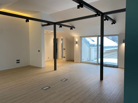 Svetogorska, LUX poslovni prostor za zakup