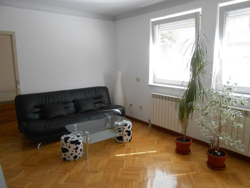 Zvezdara - Ljubljanska 1,5 s, 43 m2, lux uredjen, novogradnja